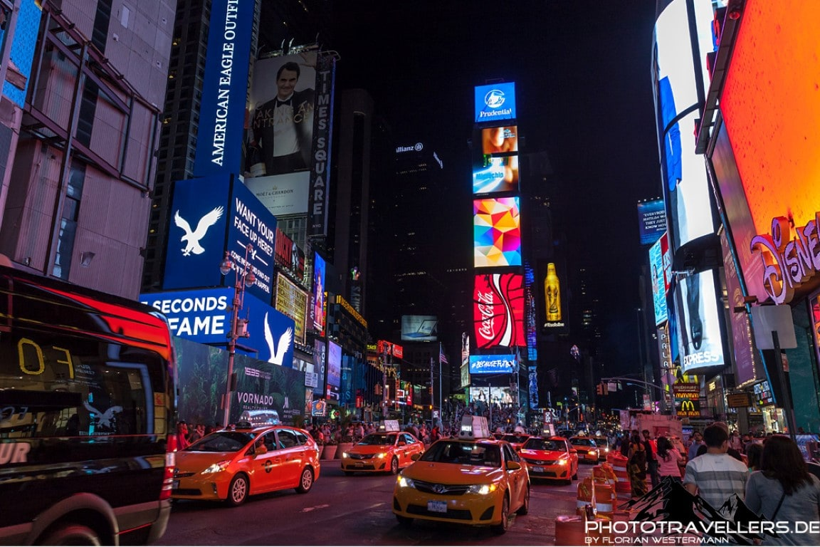 Times Square bei Nacht - New York