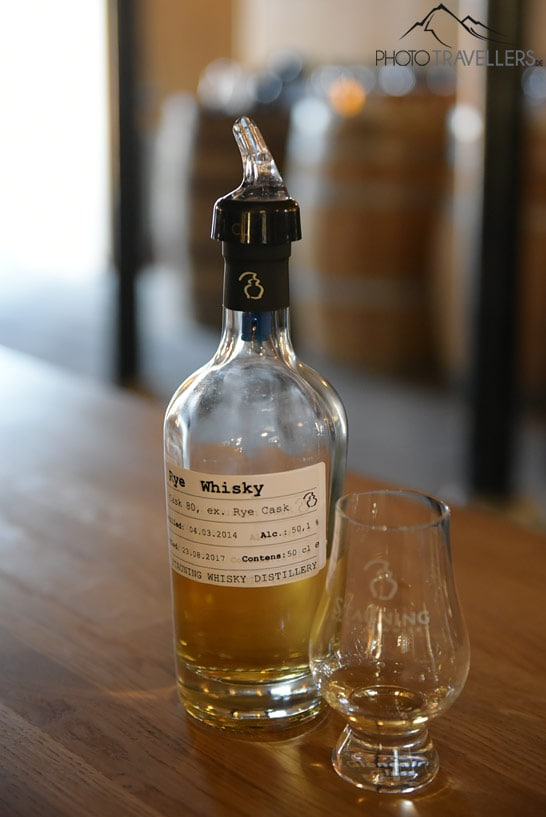 Stauning Whisky Flasche