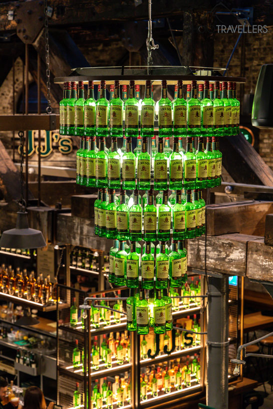 Bar in der Jameson Distillery