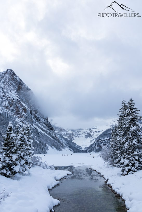 Der Lake Louise im Winter