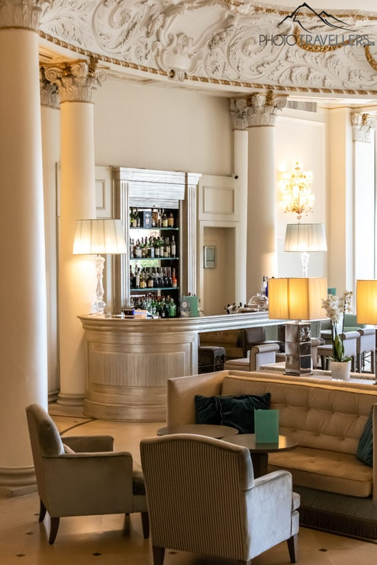 Die Bar im Savoia Excelsior Palace Hotel