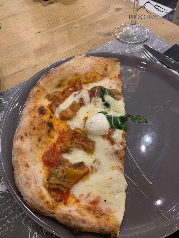 Pizza in der Pizzeria Bianco