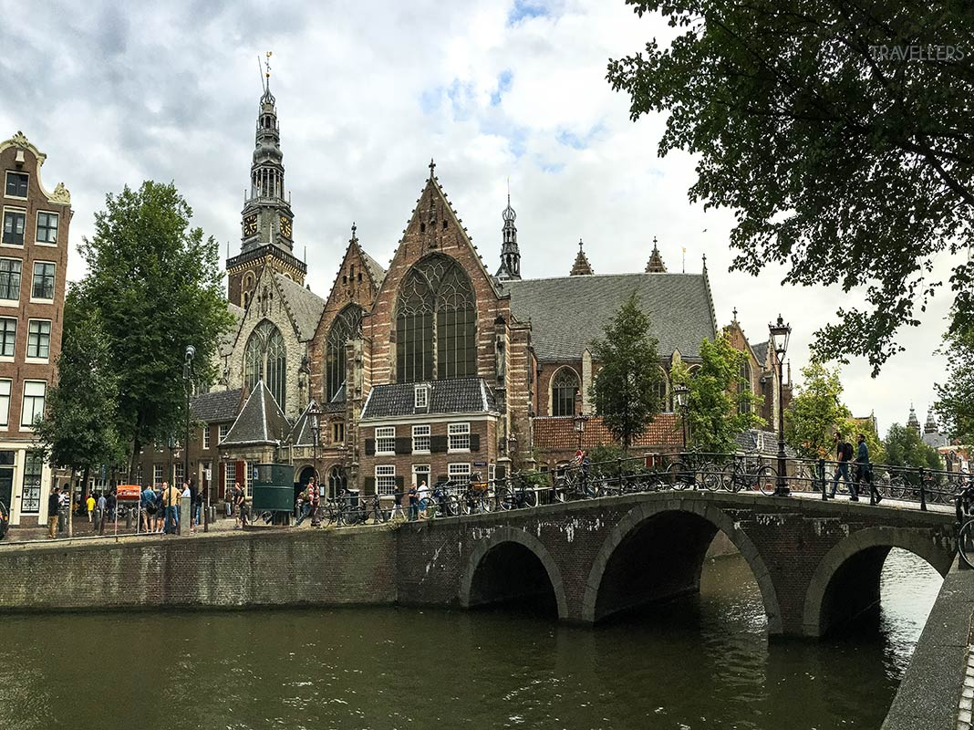 The Oude Kerk with bridge and canal