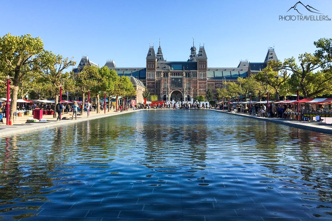 View of the famous Rijksmuseum