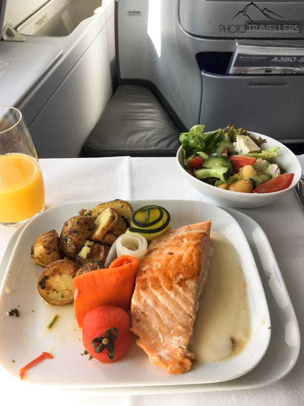 Bordmahlzeit in der Business Class der Lufthansa
