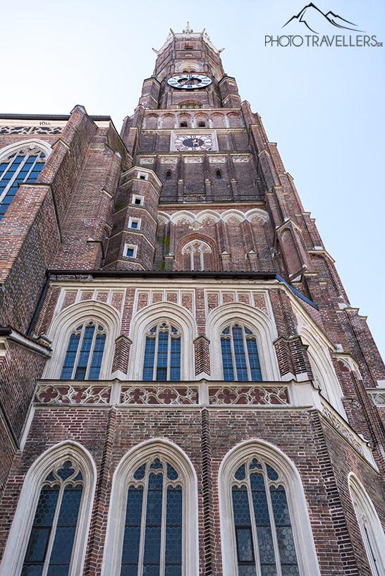 Der Turm der Kirche Sankt Martin in Landshut